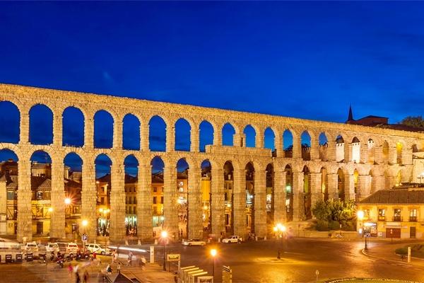 Ausflugsziel nördlich von Madrid: Segovia