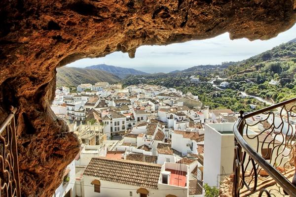 Der schöne Ort Ojén, Ausflugsziel bei Marbella