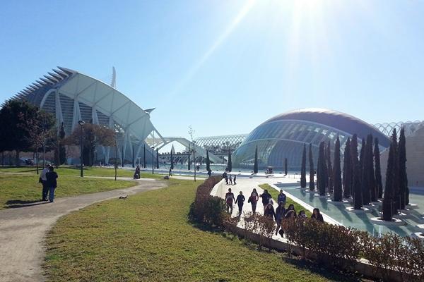 ciudad de artes y ciencias valencia
