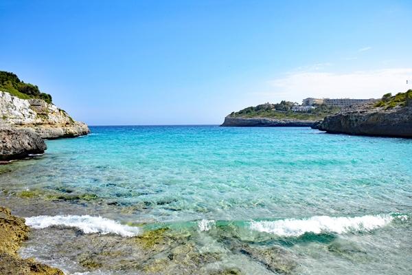 Bucht Cala Anguila bei Cala Romantica