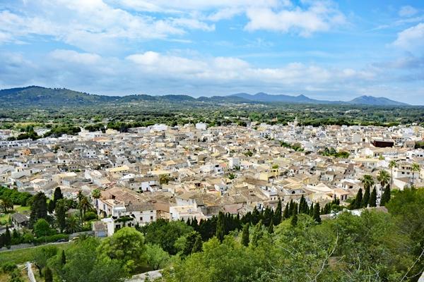 Ausflugsziel im OstenMallorcas: Arta