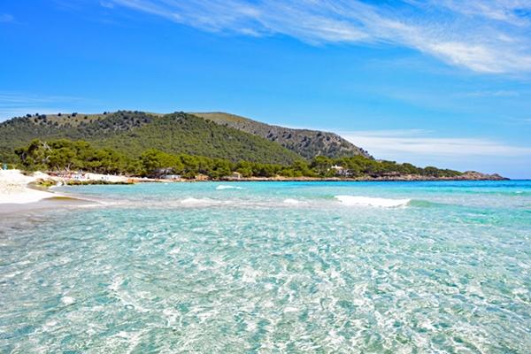 Strand & Bucht von Cala Agulla