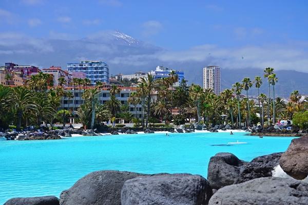 Sehenswürdigkeit in Puerto de la Cruz: Das Schwimmbad Martiánez