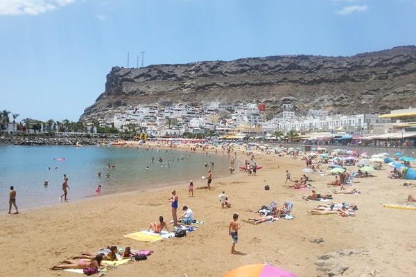 Strand Playa Puerto de Mogan